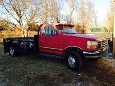 Description Ford dually flatbed 4 speed with over drive . Welding Rigs, Flat Bed, Truck Bed, Old Trucks, Dodge, Tractors, 4x4, Beds, Monster Trucks