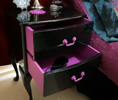 Hexotica: DIY: My Customized, Pop-Gothic Style Nightstand Re-Vamp