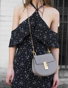 Summer street style maxi dress #fashion #womensfashion #streetstyle #ootd #style #summer #maxidress /Pinterest: @fromluxewithlove /www.fromluxewithlove.com/20-summer-maxi-dresses