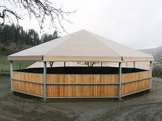 ... For a private company in Lombardy, Cover Technology has made a covered round pen of 19 meters