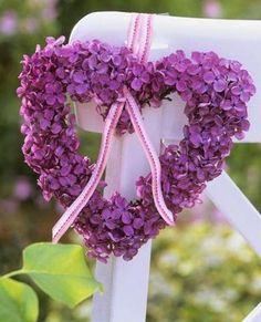 A beautiful purple flower heart wreath. Purple Love, All Things Purple, Purple Flowers, Purple Hearts, Purple Hydrangeas, Purple Wedding, Wedding Flowers, Hortensia Hydrangea, I Love Heart