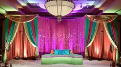 Weddings by Farah #weddingsbyfarah #wbf #indianwedding #mandap #mehndi #sangeet