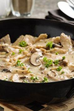 Cremig, köstlich und schnell gemacht: Geschnetzeltes mit Senf und Curry.