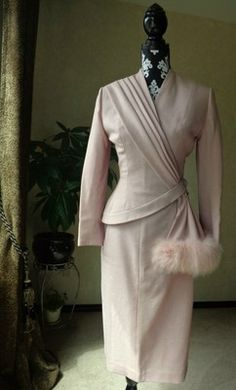 Vintage 40s 50s LILLI ANN 2pc Pink Hourglass Asymmetrical Skirt Suit