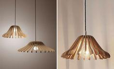 DIY-LAMPE-se-font-lampe-abat-jour-diy-do-it-yourself-rotin-bois. Antler Light Fixtures, Diy Originales, Antler Lights, Diy Luminaire, Handmade Lampshades, Cool Lamps, Wooden Hangers, Chandelier Lamp, Pendant Lamps