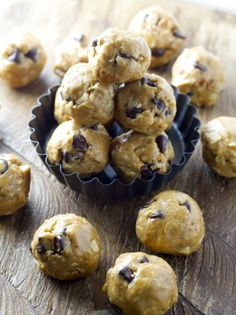 Chocolate Chip Peanut Butter Bites, healthy, delicious and totally gluten free! www.maebells.com