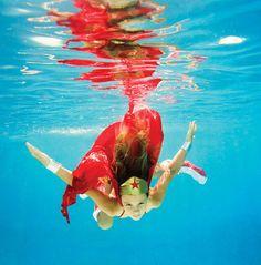 An Underwater Fantasy By Elena Kalis (10 Photos) - My Modern Metropolis