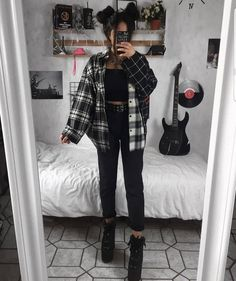 Grunge Outfits For School Indie Outfits, Teen Fashion Outfits, Cute Casual Outfits, Retro Outfits, Look Fashion, Vintage Outfits, Cute Grunge Outfits, Fashion Women, Rock Style Fashion
