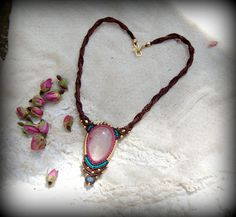 Macrame Necklace with a Rose Quartz Pendent Pink by stoneagetale