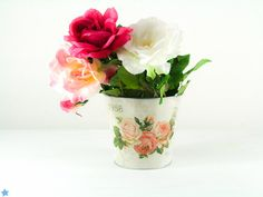 Flower Pot - Pail - Kitchen and Home Decor - Vintage Shabby Chic Metal Bucket - Hyacinth & English Rose Tin - Engagement Party Decoration #design #madewithlove