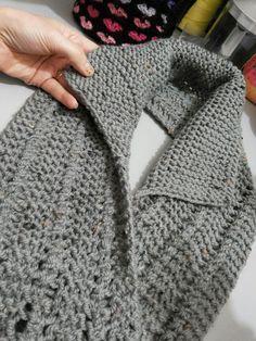 Risultati immagini per ponto de trico chains paternn Loom Knitting, Knitting Stitches, Free Knitting, Baby Knitting, Knitting Patterns, Crochet Patterns, Knitted Shawls, Crochet Scarves, Crochet Clothes