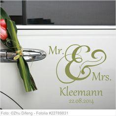 Autoaufkleber Mr. & Mrs. und Nachname