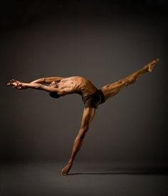 Alonzo Kings Lines Ballet ♥ Wonderful! www.thewonderfulworldofdance.com #ballet #dance