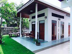ห้องรับรองแขก «  บ้านไอเดีย แบบบ้าน ตกแต่งบ้าน เว็บไซต์เพื่อบ้านคุณ Asian House, Thai House, Modern Small House Design, Simple House Design, Door Design, Exterior Design, Wooden Door Knobs, House On Stilts, Home Office Setup