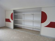 Gleittüren-unter-Dachschräge-mit-Designelement-3.jpg 900×675 Pixel