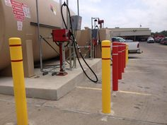 Texas sun hasn't faded our Post Guard Covers! Thanks to Bob Thomes Ford, customer since 2006! https://www.postguard.com/bollard-covers.php…