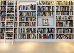 Check out this great bespoke bookshelf!