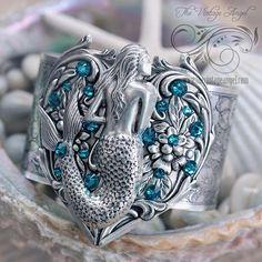 Starfina Mermaid Cuff
