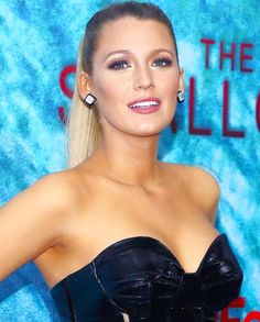 Blake Lively attends the New York Premiere of 'The Shallows' on June 21, 2016.