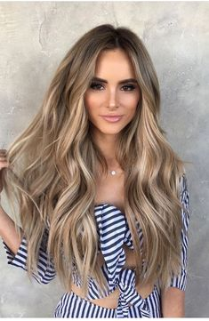 #amandastanton #hairgoals #honeyblonde