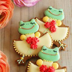 cute frog cookies
