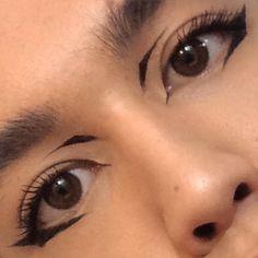 10 Pretty Eyeshadow Looks for Day and Evening Edgy Makeup, Makeup Goals, Skin Makeup, Makeup Inspo, Makeup Art, Makeup Inspiration, Pastel Goth Makeup, Punk Makeup, Makeup Drawing