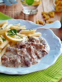 Szeretjük a jó szaftos, fűszeres és ízletes tokányokat, ami a magyar konyha méltán népszerű ételei közé tartozik. Ahán...