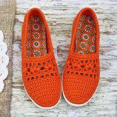 Crochet Slipper Boots, Crochet Sandals, Knit Shoes, Crochet Slippers, Crochet Shoes Pattern, Shoe Pattern, Crochet Stitches Patterns, Crochet Designs, Crochet Shawl
