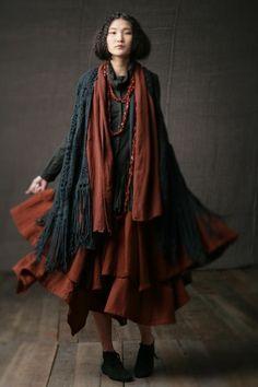森ガール - Dark Mori: color and shape Source by creepycorny - Moda Mori, Mode Style, Style Me, Girl Style, Mori Girl Fashion, Womens Fashion, Fashion 2015, Mode Hippie, Estilo Hippy