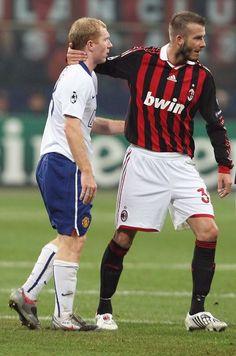 Paul Scholes & David Beckham, AC Milan vs Manchester United, 2009-10 Champions League season. Sorry Becks, United were better than Milan.