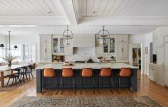 Küchen Design, House Design, Interior Design, Design Ideas, Design Projects, Concept Ouvert, Amber Interiors, Cuisines Design, Kitchen Colors