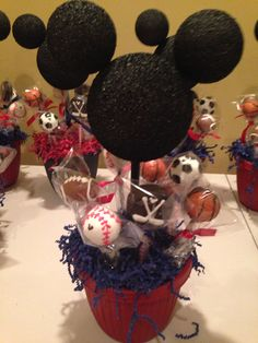 Mickey Mouse sports cake pop centerpieces