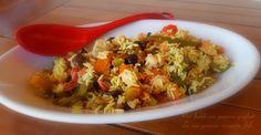 Riso freddo con peperoni grigliati,prepariamo un bel riso freddo fatto con peperoni grigliati,con funghi già pronti pomodori secchi fatti in casa e aroma.