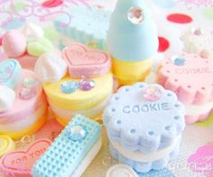 Pastel cookies made of polymer clay. Deco Pastel, Pastel Candy, Soft Colors, Pastel Colors, Colours, Pastel Cupcakes, Pastel Palette, Girly, Kawaii