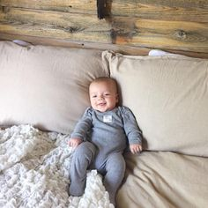 Baby Bowie has mastered the art of looking cozy! Thanks @bohemianandbarefoot for the adorable photo! #burtsbeesbaby #fanphoto #babyfashion