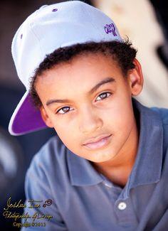 Las Vegas Family Photographer/  Children's Pictures/ Las Vegas Portrait Studio/ jianphoto.com / Facebook:  www.facebook.com/home.php#!/pages/Joshua-Ian-Photography/113180372053337