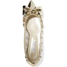 Oscar de la Renta Trina metallic patent-leather and mesh flats (€355) ❤ liked on Polyvore featuring shoes, flats, patent leather shoes, patent flat shoes, oscar de la renta flats, mesh flat shoes and flat patent leather shoes
