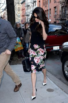 94e4cc1e53f2 Amal Clooney in NYC   Amal paired the floral Dolce   Gabbana skirt with a  black