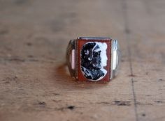 Vintage men's ring from the 1930's.