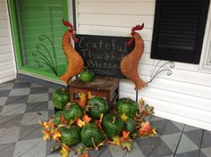 Thanksgiving Porch 2013 - Roosters and Apple Gourds makes for a nice Fall Porch. http://www.pinterest.com/bethob/my-porch/