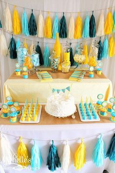 Celebrate the new baby with a yellow and aqua baby shower! Lots of easy ideas and inspiration for either a boy or girl baby shower. Baby Shower Azul, Teal Baby Showers, Sunshine Baby Showers, Baby Shower Duck, Rubber Ducky Baby Shower, Baby Shower Yellow, Baby Yellow, Gender Neutral Baby Shower, Baby Shower Cakes