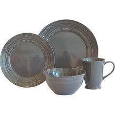 Add a classic touch to the tablescape with this stoneware dinner set, featuring beaded details and a glossy finish. Product: ...