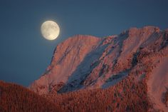 Moon over Cheam 2 by Rosedale Annie, via Flickr