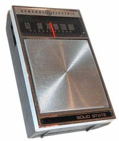 Vintage General Electric Model P1770 Pocket Transistor Radio