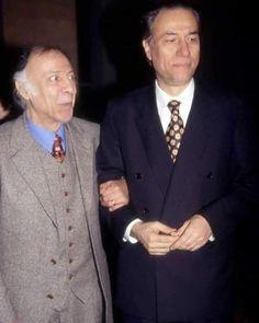 Two legends have posed for the last time together with Münir Özkul Kemal Sunal Turkish Pop, Ocean Pictures, Cinema Theatre, Charlie Chaplin, Nostalgia, Comedians, Actors & Actresses, Pop Culture, Suit Jacket