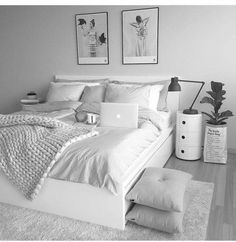 Your bedroom needs to be friendly and reassuring so, minimalist our current, here you get all that you require. Cute Bedroom Ideas, Room Ideas Bedroom, Girl Bedroom Designs, Small Room Bedroom, White Bedroom Decor, Girls Bedroom, Indie Bedroom, Teenage Bedrooms, Bedroom Rugs