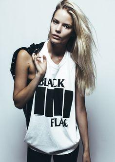 Look Rock, Alena Blohm, Plastic Surgery Photos, Grunge, Toni Garrn, Model Test, Punk, Streetwear Fashion, Editorial Fashion