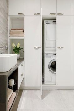 Gorgeous 35 Chic Hidden Laundry Room Designs Ideas To Try Asap. Laundry Bathroom Combo, Laundry Cupboard, Utility Cupboard, Bathroom Cupboards, Laundry Closet, Laundry Room Organization, Bathroom Storage, Small Bathroom, Laundry Nook