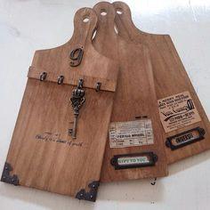 簡単リメイク/しただけ/カッティングボード/まな板リメイク/ナチュラルキッチン/リメイク…などのインテリア実例 - 2016-06-08 14:05:24 | RoomClip(ルームクリップ) Diy Wood Projects, Wood Crafts, Diy And Crafts, Paper Doily Crafts, Heart Wall Art, Diy Cutting Board, Craft Sale, Diy Birthday, Wooden Diy