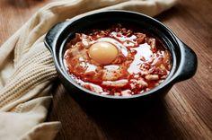 Spicy Korean Tofu & Kimchi Stew (Soondubu Jjigae - 순두부찌개) - Hill Reeves